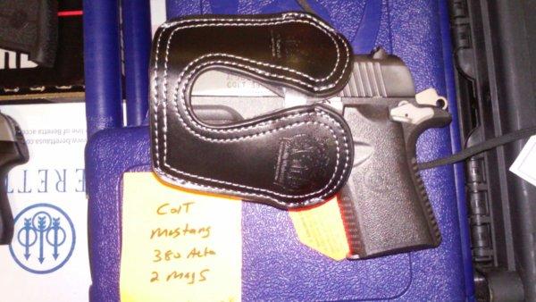 Colt Mustang - Black Leather Pocket Holster