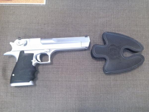 Desert Eagle 44 Magnum Large Leather Holster 2