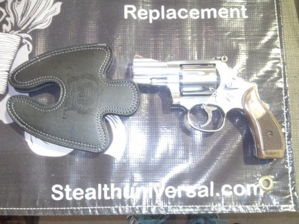Smith and Wesson 646 Large Leather Holster 2