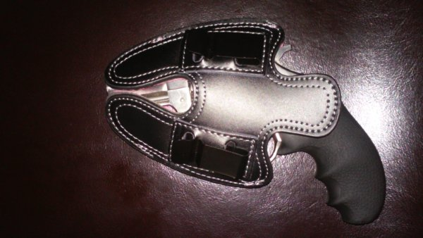 Ruger SP101 Pink Thunder 380 Pink Subcompact Leather Holster Clip Side